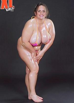 Big Oiled Boobs Porn Pictures