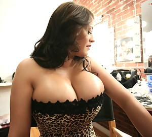 Big Boobs Reality Porn Pictures